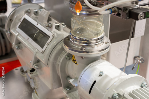 Fototapete Pneumatic feeding system for polypropylene pellets for extruder machines