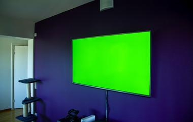LCD TV On Wall Greenscreen