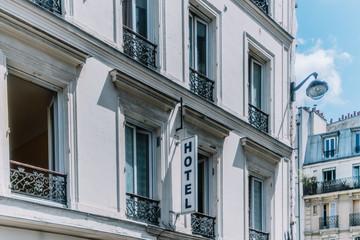 Façade d'hôtel, Montmartre, Paris