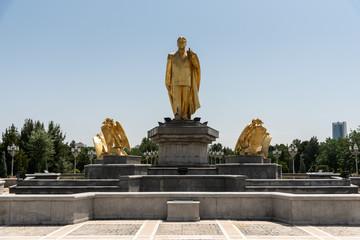 golden statue of former turkmen president   Turkmenbashi