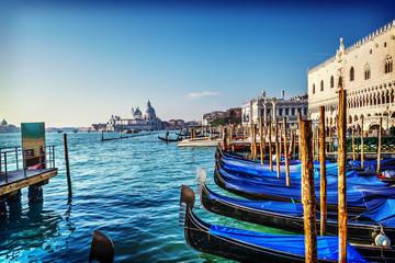 World famous gondolas in Venice lagoon Fototapete