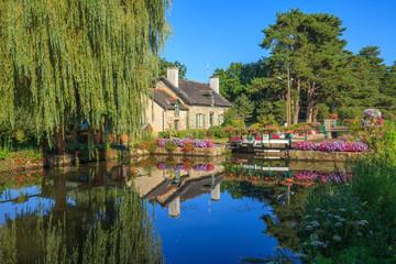 Malestroit, Bretagne,maison de l'écluse, canal de Nantes à Brest Fotomurales