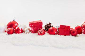 Dekoration und Geschenke zu Weihnachten