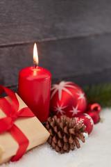 Weihnachtskarte mit Kerze zu Weihnachten