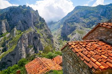 Naranjo de Bulnes peak Urriellu in Picos de Europa Wall mural