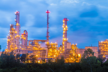 Complex engineer of petroleum refinery plant