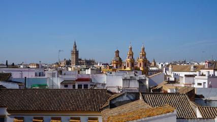 Tolle Aussicht über Sevilla mit der Kathedrale.