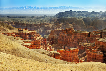Staande foto Canyon Charyn Canyon, a landmark of Kazakhstan. View of hills and mountains. Natural landscape.