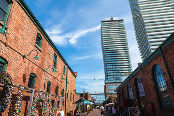 Distillery District (former Gooderham & Worts Distillery) - historic and entertainment precinct. It contains numerous cafes, restaurants, shops and industrial parts.