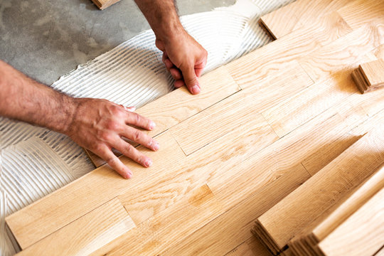 Assembly of patterned wood surface