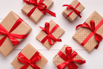 Christmas gift boxes pattern on white background