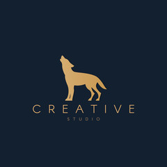 Wolf logo. Wolf silhouette. Trendy animal logo design