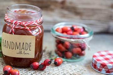 Hagebutten Marmelade frisch