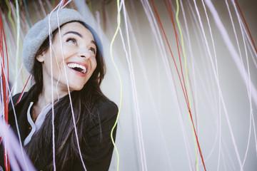 Portrait de femme joyeuse