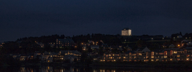 Trondheim fortress by night