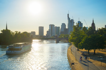 Fototapete - Skyline of Frankfurt, Germany