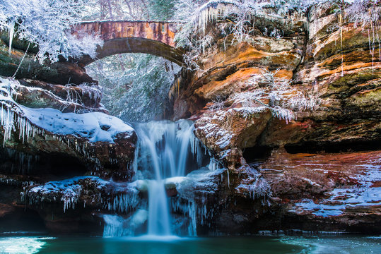 Snow covered Waterfalls in Ohio