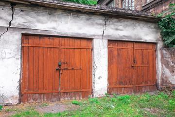 old gates, vintage gates, wooden gates, metal gates