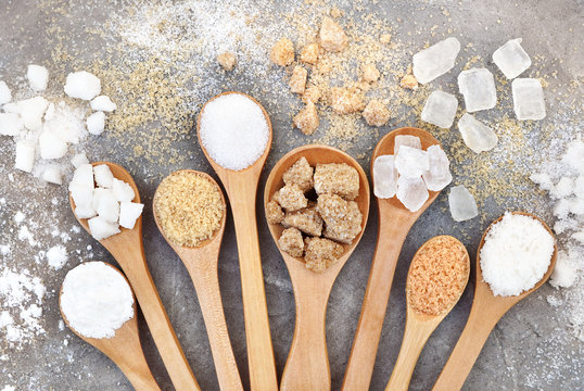 Mix of sugar varieties: unbleached, brown and white, refined and unrefined, granulated and cubes