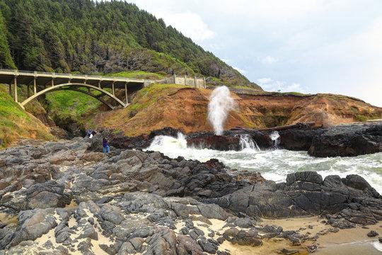 Along the Oregon Coast: The Spouting Horn