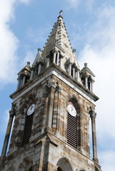 Ville de Combourg, clocher et horloge de l'église Notre-Dame de Combourg, département d'Ille-et-Vilaine, Bretagne, France