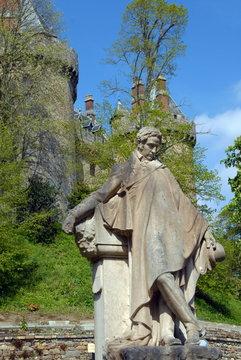 Ville de Combourg, Statue de François-René de Chateaubriand, il passa au château 12 années, département d'Ille-et-Vilaine, Bretagne, France