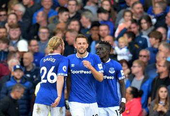 Premier League - Everton v Fulham