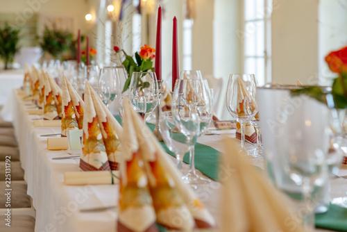 Festtafel Fur Dinner Ansprechende Tischdeko Stock Photo And