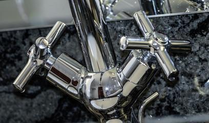 Wasserhahn aus Edelstahl Mischbatterie