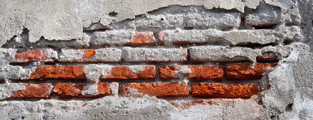 Backsteinmauer Mit Bröckelndem Verputz