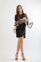 Giovane Modella in abito corto