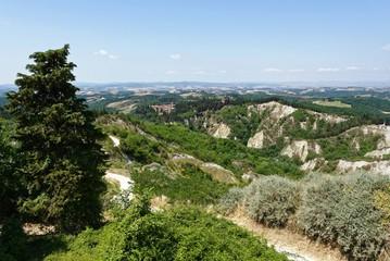 Italien - Toskana - Chiusure Wanderweg zum Kloster Monte Oliveto Maggiore
