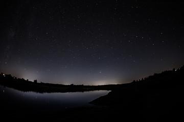 Noc nad rzeką