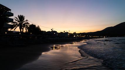 Strand von Georgioupolis im Abendrot Kreta Griechenland