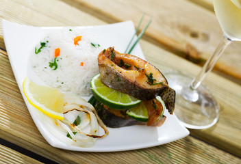 Baked trout steaks with white rice