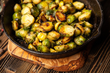 Fotoväggar - Roasted brussles sprouts