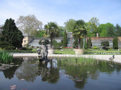 Theaterbrunnen und Schauhäuser Botanischer Garten Karlsruhe