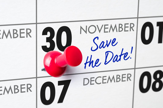 Wall calendar with a red pin - November 30