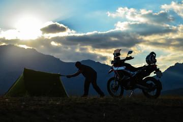 motosiklet seyahati,çadır kültürü ve yeni yerler görmenin verdiği heyecan