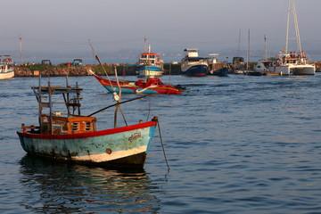 Der Fischereihafen von Matara in Sri Lanka
