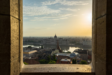 Wall Mural - Sunset view of Hungarian Parliament Building in Budapest city, Hungary.