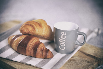Aluminium Prints Coffee beans petit déjeuné,café,croissant