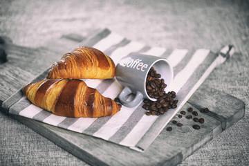 Canvas Prints Coffee beans petit déjeuné,café,croissant