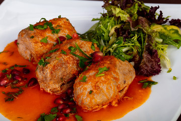 Meat cue balls