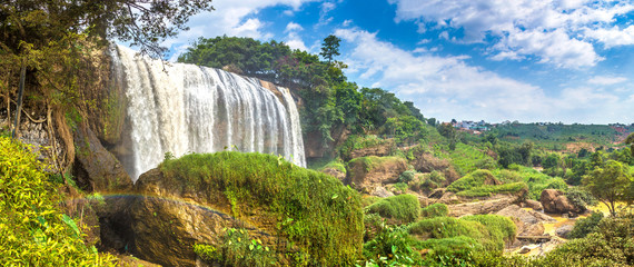 Poster Lieu connus d Asie Elephant waterfall in Dalat