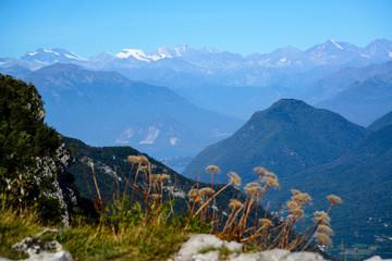 Lago Maggiore dalla vetta del Campo dei Fiori. Sullo sfondo la catena del Monte Rosa