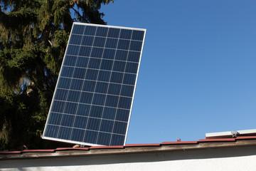 Montage von Solarplatte