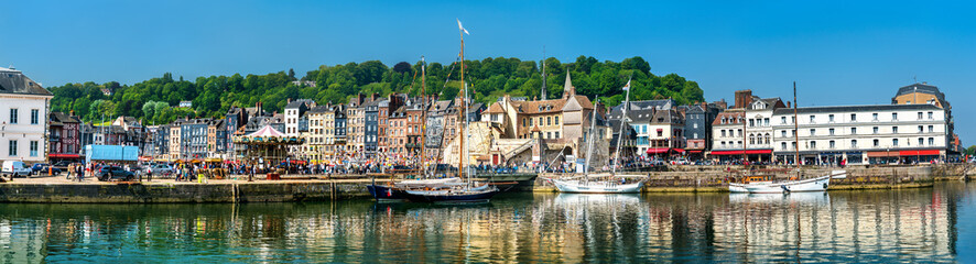 Panorama of the harbour of Honfleur. UNESCO world heritage in Normandy, France Fototapete