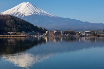 Photo sur Plexiglas Reflexion Mt. Fuji as reflected in a lake.Shooting location is Lake Kawaguchiko, Yamanashi prefecture Japan.