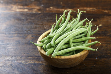 green beans in a plate